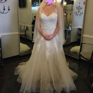 Pronovias Lauris dress, size 12